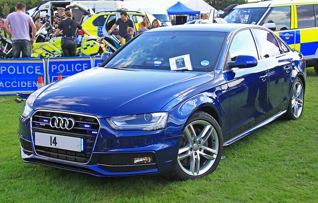 car traffic 14 police s surrey line roads a4 audi unit quattro sline policing