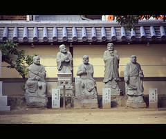 Stone people in Zentsuji (Shikoku, Japan) (Shanti Basauri) Tags: summer japan architecture temple asia buddhist traditional religion shikoku kagawa buda 2014 japn zentsuji japonia daishi buddishm kb  zentsjishi