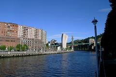 Bilbao - Guggenheim Museum (Drriss & Marrionn) Tags: travel architecture buildings spain europe streetscene bilbao guggenheim frankgehry guggenheimmuseum abando spanishbasquecountry estuaryofbilbao