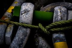 Hold on! (Sten Dueland) Tags: hands rope chain anchor mooring grip moor kran griff anker kette seil anchoring hebewerk ankerkette hebevorrichtung kettenschleife