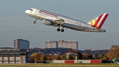 Germanwings Airbus A319-112 (rentmam1) Tags: stuttgart aircraft flugzeug hubschrauber str flughafenstuttgart regionstuttgart germanwigs