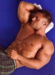 dfhdfh (davidjdowning) Tags: men muscles muscle muscular bodybuilding buff bodybuilder biceps