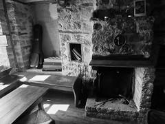 DSCF0177 (petrosloverdos) Tags: hearth hearthstone fire side fireplace