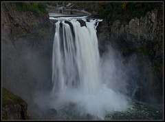 Snoqualmie Falls Evening (Ernie Misner) Tags: waterfall snoqualmiefalls snoqualmiewashington washington snoqualmie erniemisner nikon nik capturenx2 cnx2 f8andwipeyourlens