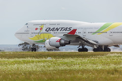 0Z9A0106 (williamreidphotography) Tags: qantas qf air new zealand anz scoot airbus asia emirates jetstar jq melbourne boeing a330 b777 777 77w 773 a332 a333 a380 a388 singapore airlines sqc sq 744 747 788 787 737 738 ymml dash8 inda retro 717 712 a320 a322 thai airline cathay pacific china one world