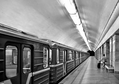 goodbye (poludziber1) Tags: moskva moscow city cityscape capital street summer underground urban blackwhite travel traffic train streetphotography people 15challengeswinner fotocompetition fotocompetitionbronze matchpointwinner mpt608 russia clerestorycoachcontinentalstock sovietstylemetro forcedairscoop