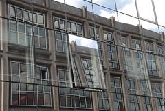 Géométrie (Fontenay-sous-Bois - Officiel) Tags: fontenay fontenaysousbois regionparisienne valdemarne iledefrance 94 94120 fenêtres fenêtre valdefontenay bureaux reflets