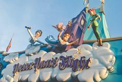 Off the Neverland! (dolewhip) Tags: disney wdw magickingdom waltdisneyworld fantasyland peterpan peterpansflight