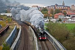on the dee bridge (midcheshireman) Tags: steam train locomotive cheshire castle 5043 50xx earlofmountedgecumbe bridge chester city