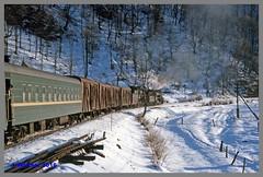 Ukraine 94 Winter_131aa (r_walther) Tags: baureihel baureihete breitspur dampflok dampflokomotive doppeltraktion dzherelo exbaureihe52 exdeutschereichsbahn lok5141 lok6115 stöckli ukraine ukrsalisnyzja umgespurt vorspann winter zakarpattia ukr