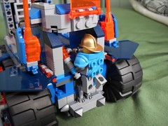 Bastion Suprme - Mobile Fortress (lski Hutas) Tags: lego nexo knights tank moving rolling fortress military french transport massive