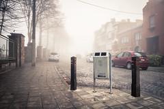 The robot in the fog / Comme un robot dans la brume (Gilderic Photography) Tags: liege belgium belgique belgie street city rue ville robot bin poubelle mist fog brume brouillard canon g7x gilderic