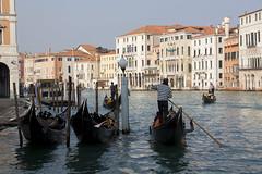Venetian Gondoliers (My Italian Sketchbook) Tags: venice italy outdoor landscape venezia italia gondoliere gondolier canalgrande