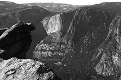 Upper Terrace View (Art By Pem Photography: Tao Of The Wandering Eye) Tags: fineartphotography canon canoneosrebelsl1 eos sl1 california yosemite yosemitenationalpark parks nationalpark usa travel blackandwhite bw blancoynegro biancoenero landscape scenery scenicsnotjustlandscapes geology mountains rocks shadow light overhangrock glacierpoint upperterrace yosemitevalley wilderness