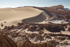Salt Belt (niNobono) Tags: sanpedrodeatacama atacama atacamadesert sanpedro chile cordilleradelasal saltmountains valledelaluna moonvalley