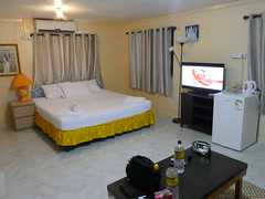 My room at George Hotel in Betio!