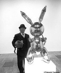 Seara (sea rabbit) and Dr. Takeshi Yamada visited the art exhibition of Jeff Koons at the Whitney Museum of American Art in Manhattan, NY on October 10, 2014.  20141010 244===CBW. Sea rabbit met the stainless steel rabbit. (searabbit22) Tags: ny newyork sexy celebrity art nature hat television fashion animal brooklyn painting asian coneyisland japanese star yahoo costume tv newjersey google artist dragon cosplay manhattan wildlife famous great gothic goth performance pop taxidermy cnn tuxedo bikini tophat playboy takeshi samurai genius top10 mermaid amc salvadordali billclinton billgates aol vangogh curiosities sideshow jeffkoons globalwarming takashimurakami pablopicasso steampunk yamada damienhirst cryptozoology freakshow barackobama jerseydevil mardigrasbeads whitneymuseumofamericanart seara immortalized takeshiyamada museumofworldwonders roguetaxidermy searabbit ladygaga climategate minnesotaassociationofroguetaxidermists  entertainmener