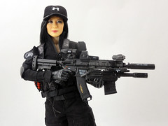 Lady Shooter (Patman1313) Tags: actionfigure shooter 16 verycool magiccube sixthscale 6thscale phicen easysimple