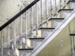 Dr Oliver Bronson House (milfodd) Tags: ny october restoration hudson hdr 2014 historichudson ellipticalstaircase droliverbronsonhouse