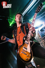 Bulldog (Mantu) (Jorge Bobadilla) Tags: madrid music argentina rock musicians canon concert punk concierto bulldog tamron música mantu canon550d rockmap