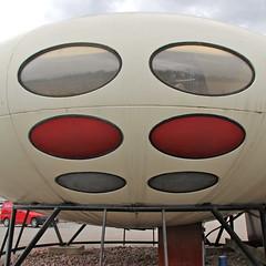 Futuro III (hansn (2.9+ Million Views)) Tags: house architecture modern square sweden contemporary ufo architect sverige flyingsaucer hus orebro futuro arkitektur örebro futurohouse squarish arkitekt typhus suuronen mattisuuronen flygandetefat tefat tefatet