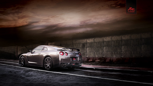 Nissan GTR R35 with Fi Exhaust