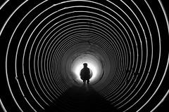 Spirale (flallier) Tags: souterrain tunnel tuyau spirale backlight silhouette noiretblanc blackandwhite bw tube bnw
