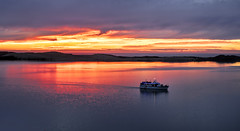 Sunset Cruise in the Bay (plume-rider) Tags: sunset photoshop morrobay backbay topaz papagalloii