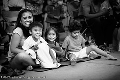 Happy Family 2 (p.folrev) Tags: seattle portrait strangers streetphotography 2014 noff torchlightparaede