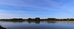 Quand la Vienne rejoint la Loire (StephanExposE) Tags: sunset panorama france nature water canon river eau riviere reflet reflect 1855mm paysage loire campagne vienne coucherdesoleil fleuve saumur paysdeloire 600d montsoreau stephanexpose