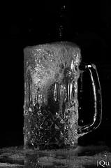 Bonanza (Dannyqu) Tags: water blackwhite agua highspeed