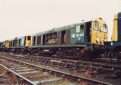 Derelict (ee20213) Tags: condemned br britishrail withdrawn 20100 brblue class20 20224 stantongate d8100 d8324