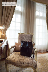 My Mansur Gavriel bag on the plush chair in the King Waldorf Suite (thewanderingeater) Tags: china shanghai pudong thebund waldorfastoria luxuryhotel waldorfastoriashanghai mansurgavriel