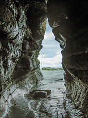 Thornwick bay (smitzian56) Tags: sea waves tide cliffs cave flamborough thornickwaves