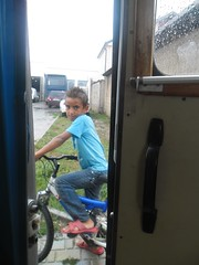 (spongy2) Tags: bicycle turkey children shy balkan