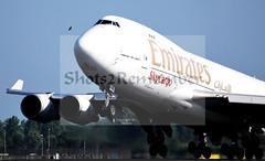 Big Bird is chasing a little bird. (ShotsOfMarion) Tags: bird plane airplane nikon flickr aircraft cargo emirates schiphol ams boeing747 vogel departing vliegtuig eham skycargo shotsofmarion shots2remember emiratesboeing747 bigbirdischasingalittlebird