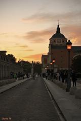 Aranjuez atardece (photoschete.blogspot.com) Tags: canon 1000d eos pisa 18mm espaa spain aranjuez madrid atardecer sunset color lineas diagonales palacio cielo urbana