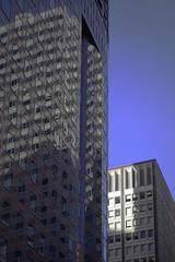 San Francisco_downtown (Charles R. Yang) Tags: sanfrancisco sonyrx100 1senor modern morning light reflection windows tall