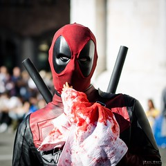 Lucca Comics 2016 (Paul_one) Tags: lucca comics cosplay anime girl game portrait deadpool