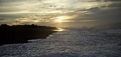 Doradas espumas (ChinoEstrada) Tags: sipacate guatemala mar pacifico
