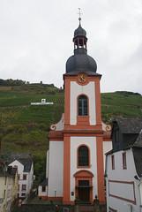 Zell, Lindenplatz, Kirche St. Peter (HEN-Magonza) Tags: zell mosel moselle lindenplatz kirchestpeter stpeterschurch rheinlandpfalz rhinelandpalatinate deutschland germany