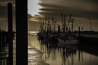 Sonnenuntergang am Kutterhafen