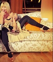Sexy Suzanne Somers (My favourite beauties) Tags: suzannesomers milf gilf legsspread cougar mature sexy sex beautiful hot