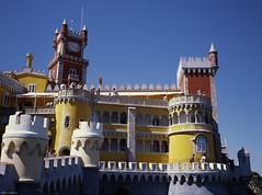 Sintra Castle, Sintra (Portugal) (Alberto Restuccia) Tags: sintra portugal ektar fuji wide 60