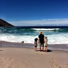 Wineglass Bay. M and the Smalls - wave watching.