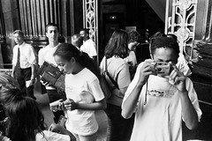Passeio fotográfico Reino da Garotada de Poá -Pça da Sé -SP-Br (Denis Vitor) Tags: delta 400 ilford nikonf3 reino poá garotada filmeilforddelta400