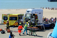 E dsc_6960 (Koekiekoala) Tags: sea horse rescue beach car fire marine helicopter firemen emergency firefighters vlissingen thenetherlandstruck
