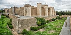 Palacio de la Aljafera (Zaragoza) (levilo) Tags: espaa arquitectura pentax islam medieval zaragoza arabe aragon castillo palacio k3 aljaferia taifas levilo