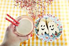 ghost cookies    -explored- (mon_petit_monde) Tags: