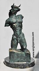Hijo de Minos (Escultor Peraza Artista) Tags: escultura toro minotaur minos laberinto tauromaquia teseo minotauro minotaure sergioperaza